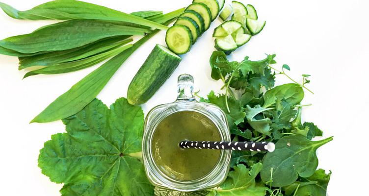 Grüner Smoothie mit Chlorella