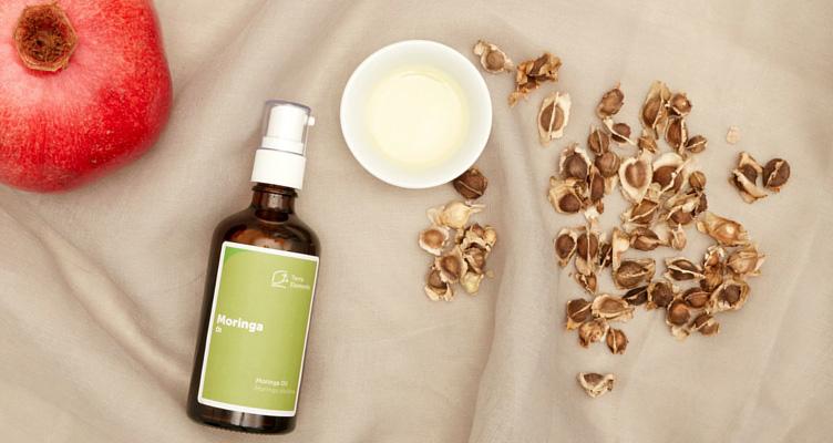 Feuchtigkeitspflege mit Moringa Öl