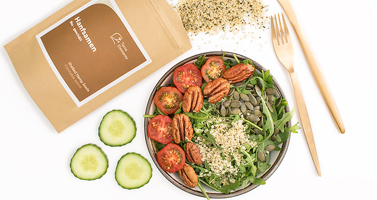 Superfood Salat mit Hanfsamen